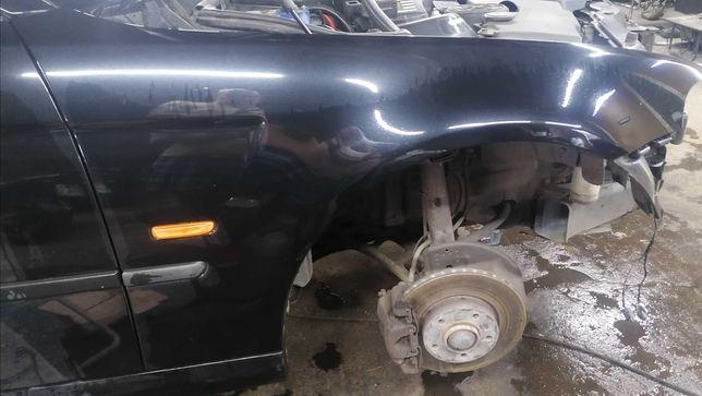 Błotnik przedni prawy BMW E46 Compact