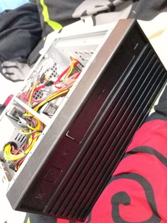 Komputer Intel i3 Płyta D33025 GeForce GT USB 3.0 HDMI mała obudowa