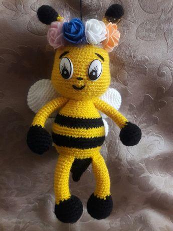 Вязанная игрушка- Пчелка