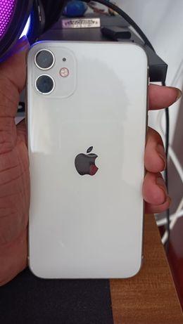 Iphone 11 Branco, em otimo estado.