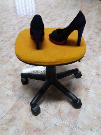 Sapato aberto
