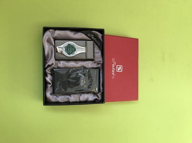 Зажигалка Futai с чехлом в подарочной коробке