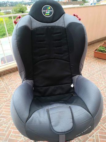 Cadeira de carro dos 9 kg aos 25 kg