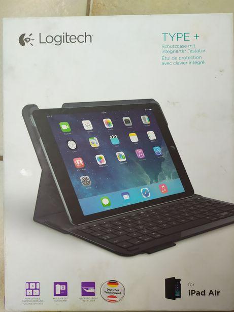 Клавиатура-чехол для планшета Logitech Type+ разработана для iPa Air.