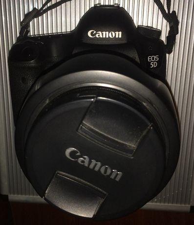 Canon 5D Mark III + EF 25-105mm Semi Nova