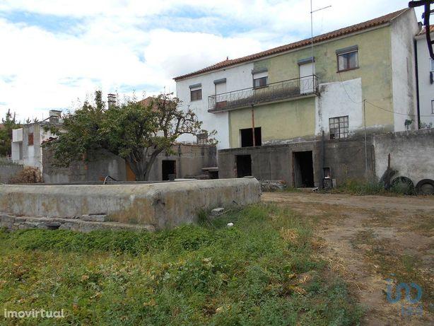 Moradia - 366 m² - T7