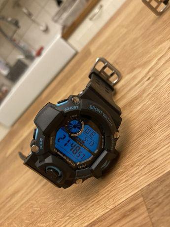 Zegarek a la G-Shock. Niebieski ekran
