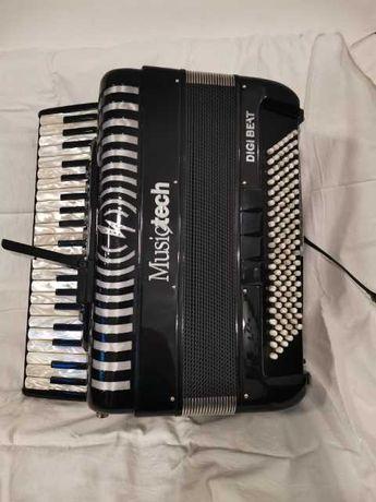 Akordeon music tech