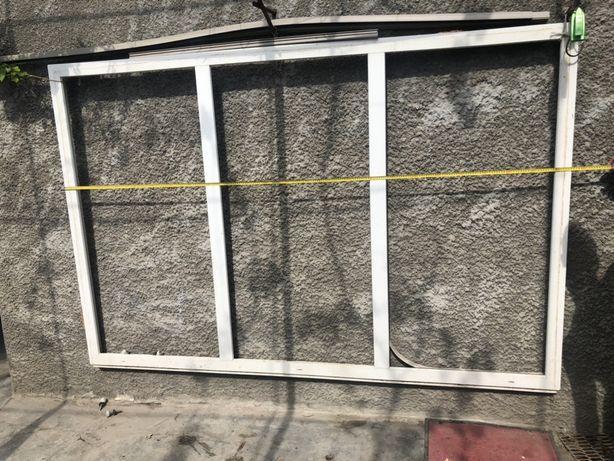 Продаю металлпластиковое окно