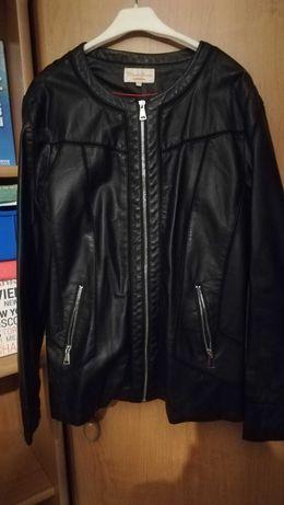Czarna kurtka z ekoskory, duża