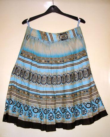 Nowa, rozkloszowana spódnica midi firmy Vanessa