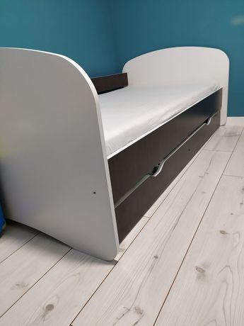 Łóżko z barierką, szufladą, nowym materacem 180/90