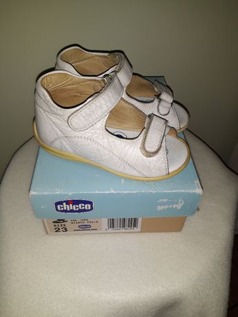 Buciki, buty, sandały CHICCO, białe, skóra naturalna, rozmiar 23