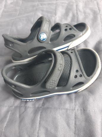 Sandałki Crocs C6 (22-23)