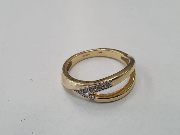 Piękny złoty pierścionek damski/ Brylanty/ 585/ 3.64 gram/ R16/ sklep