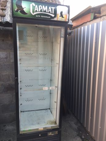 Холодильное оборудование, шкафы, витрины, холодильник