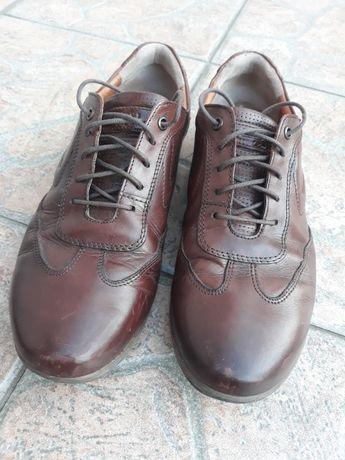 Skórzane buty Lasocki  brązowe, rozm.41