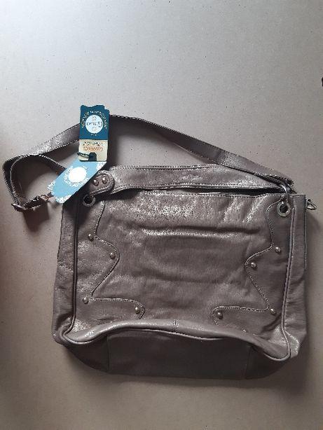 Nowa, bardzo lekka, brązowa torebka