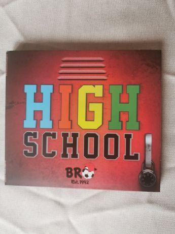 Płyta BRO High School z autografem