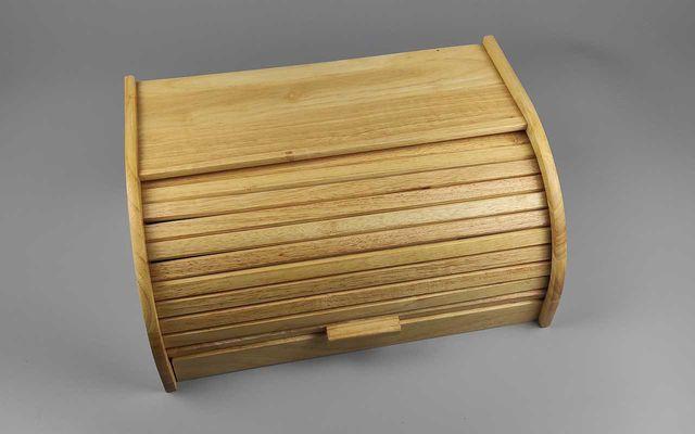 Хлебница из дерева каучуковое дерево.