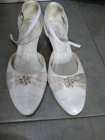 Buty ślubne, skórzane, białe, r.39, obcas 4cm, Arturo Vicci!