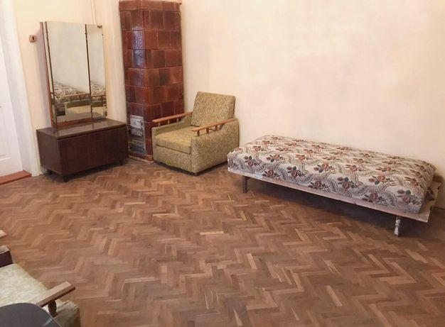 Продаж 3-кімн. квартира 51.6 кв. м. вул. Майдан Ринок