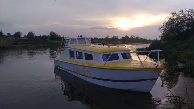 Łódź kabinowa, houseboat, łódź motorowa możliwa zamiana