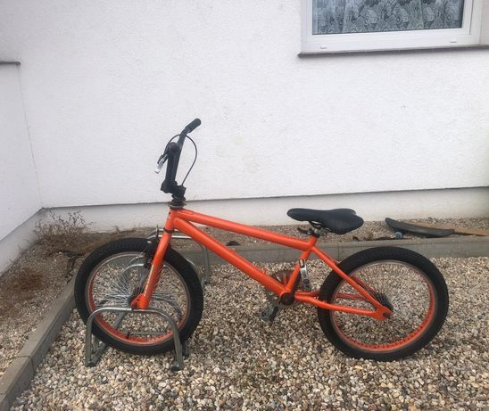BMX rower wyczynowy dla poczokujących