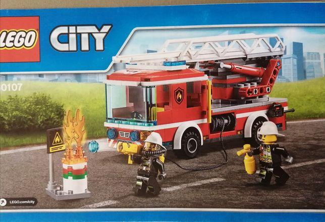 Lego City 60107 Wóz strażacki.