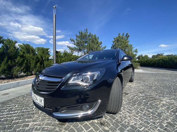 Продам Opel Insignia Sports Tourer 4WD 2014