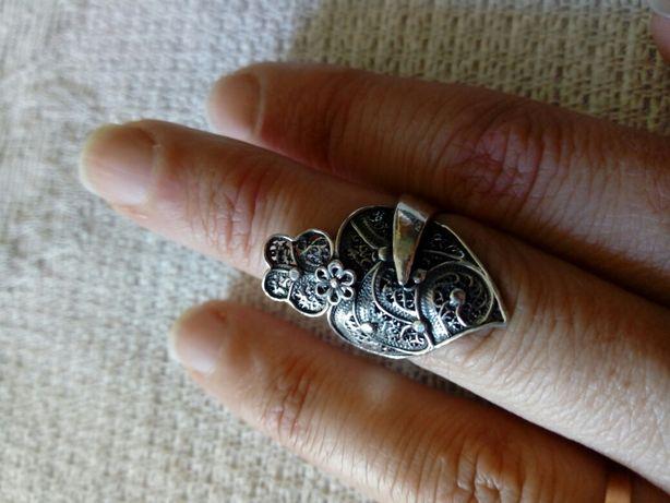 Anel em prata coração de Viana