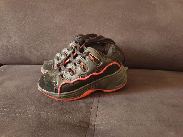 Buty z kółkami wkładka 15cm
