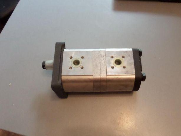 Pompa hydrauliczna do ciągnika Massey, Renault P040024F 75.34, 110.14