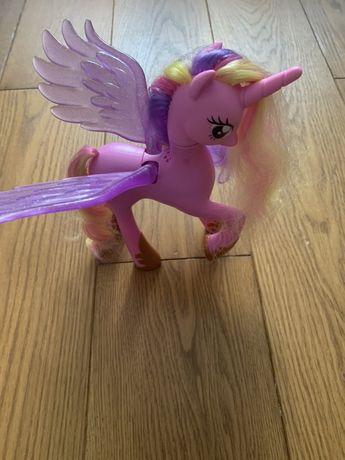 My Iittle Pony Каденс светится, поет, говорит