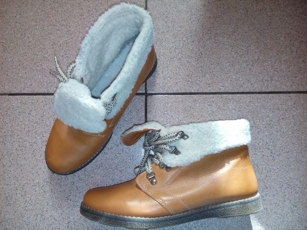 Зимние кожаные ботинки