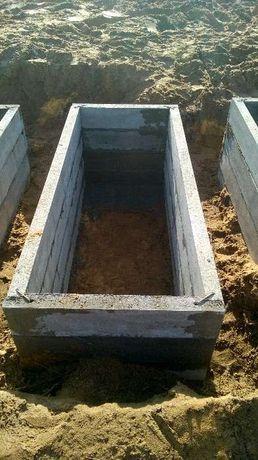 Betonowe piwnice grobowe grobowce katakumby pieczary nagrobki Produce
