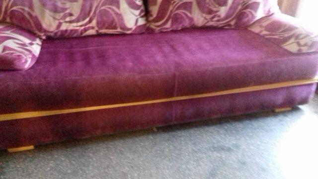 Sofa z funkcją spania. Stan bardzo dobry.