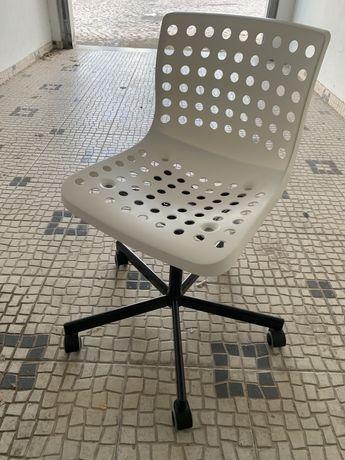 Cadeira se secretária