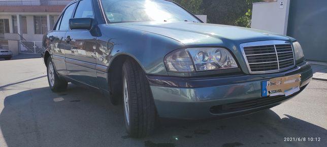 Mercedes C180  mês 11 ano 1994 a GPL
