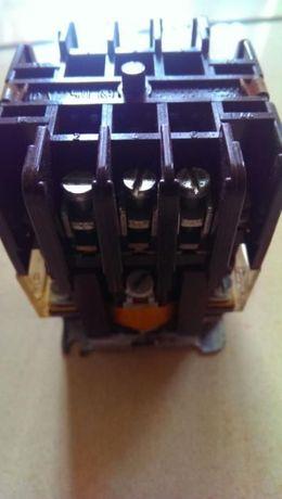 Stycznik V25D 220V