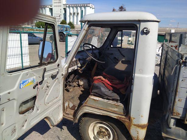 Продається УАЗ 3303