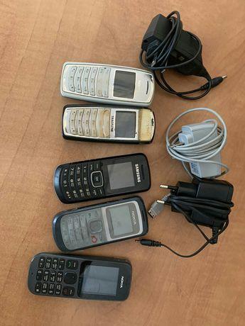 Продам кнопочные телефоны