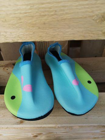 Buty do pływania 28