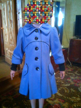 Пальто кашемировое, демисезонное.
