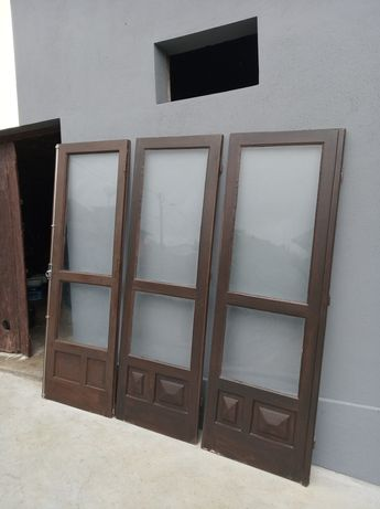 porta janela em madeira