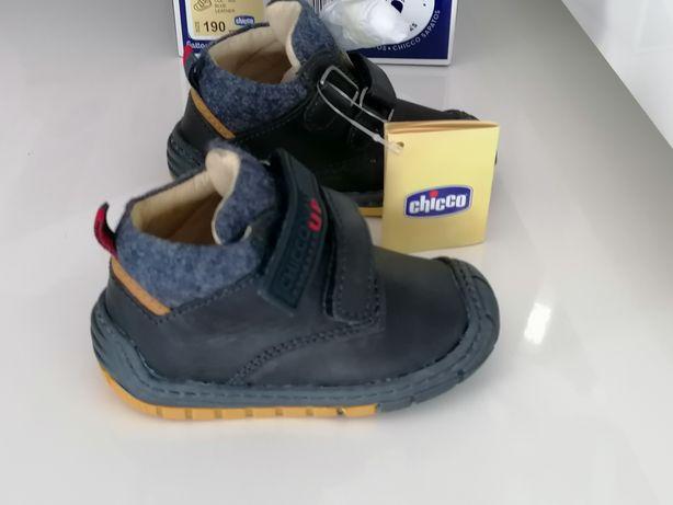 Chicco sapatilhas novas e originais nr 19