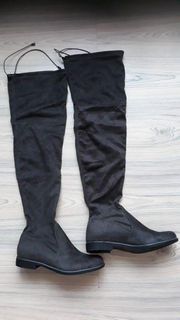 Kozaki damskie za kolano, tzw. MUSZKIETERKI, rozmiar 40, NOWE !!!