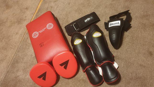 Suspensor, łapki, ochraniacze do krav magi oraz innych sportów walki