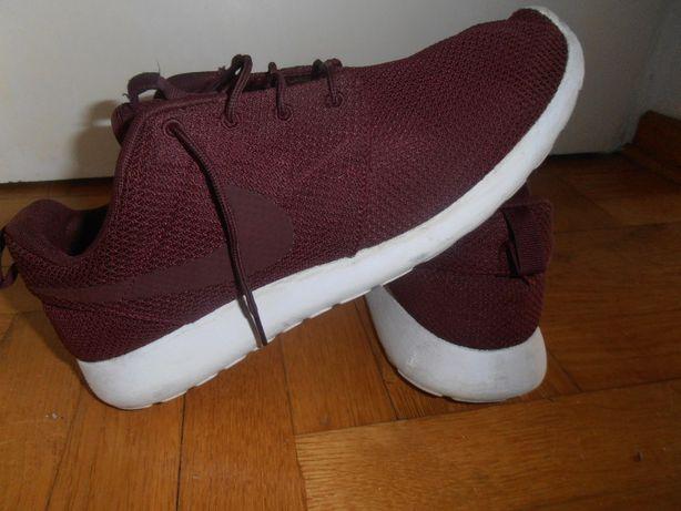 Nike Roshe One 46