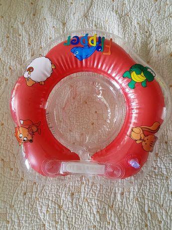 Круг для грудничка для плавания в бассейне